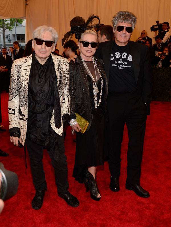Singer Debbie Harry came in a subdued punk look suitable for her age.