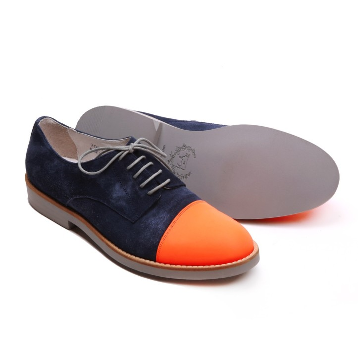 Men's orange and navy suede capetoe oxford. www.deltoroshoes.com