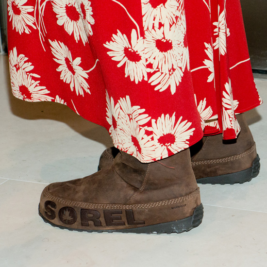 Sorel boots worn by Uma Thurman.