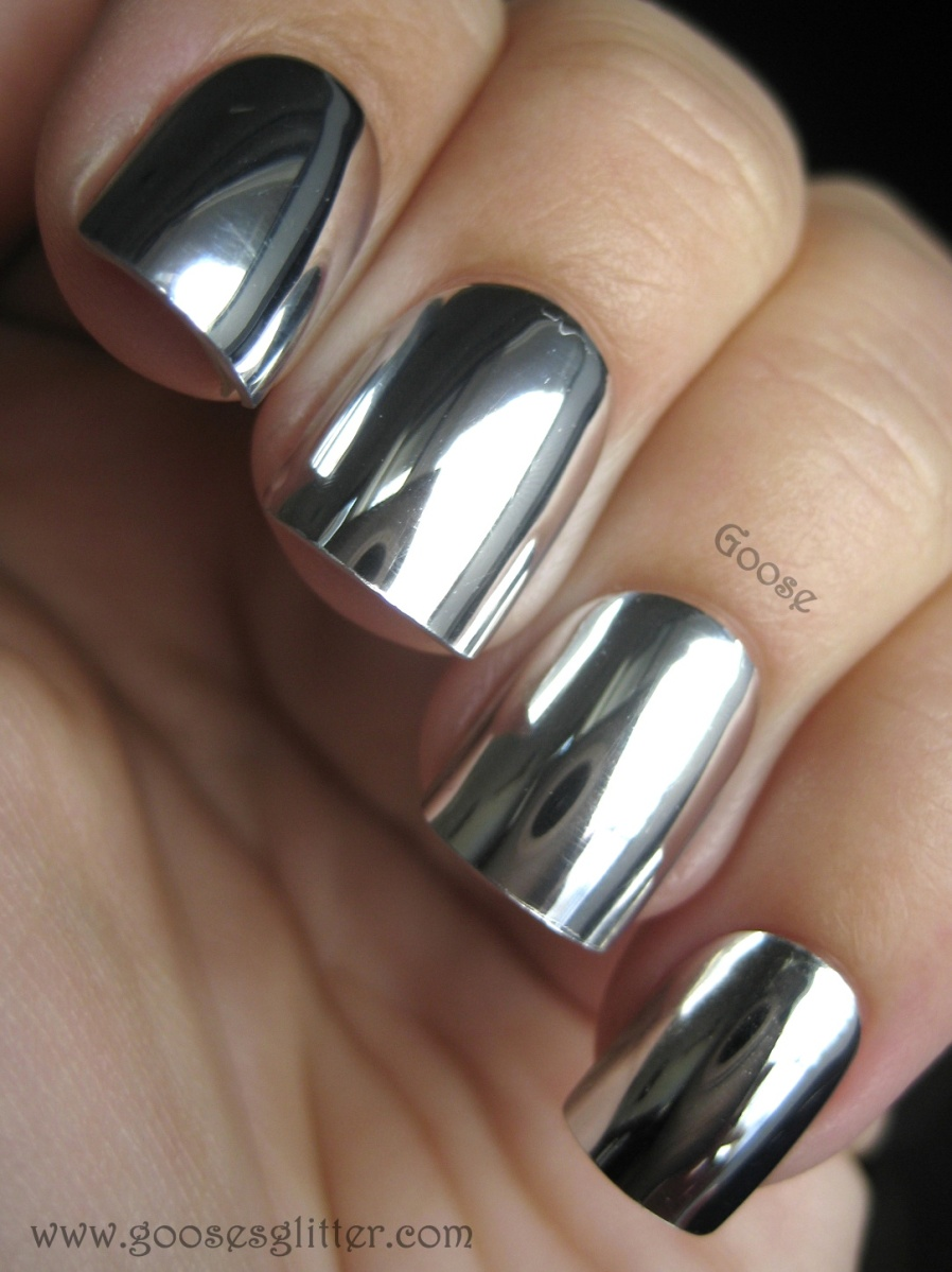 STYLE   Mirrored Nails – Life with Ivy