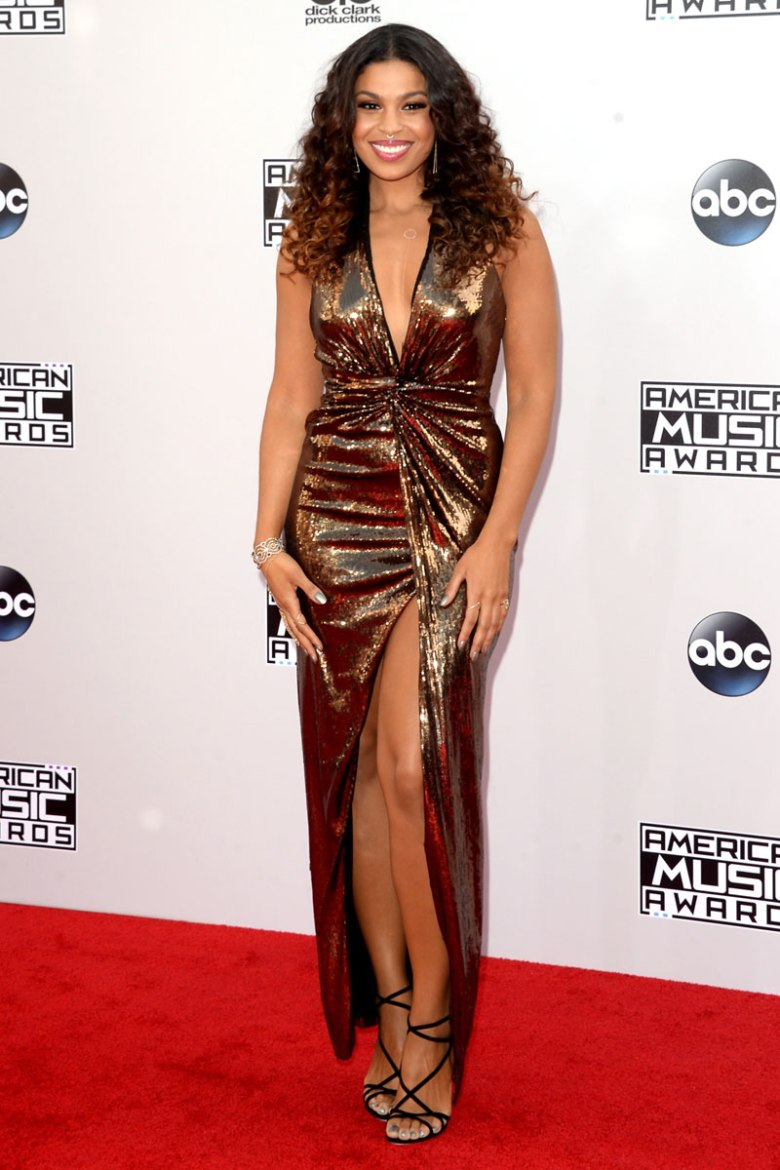 Jordin Sparks in Halston Heritage. (Photo: Getty Images)