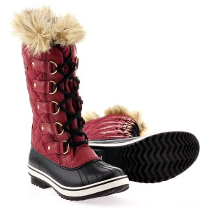 Sorel Tofino boots in red.