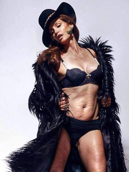 Cindy Crawford image from Marie Claire's Mexico and Latin America December 2013 issue.