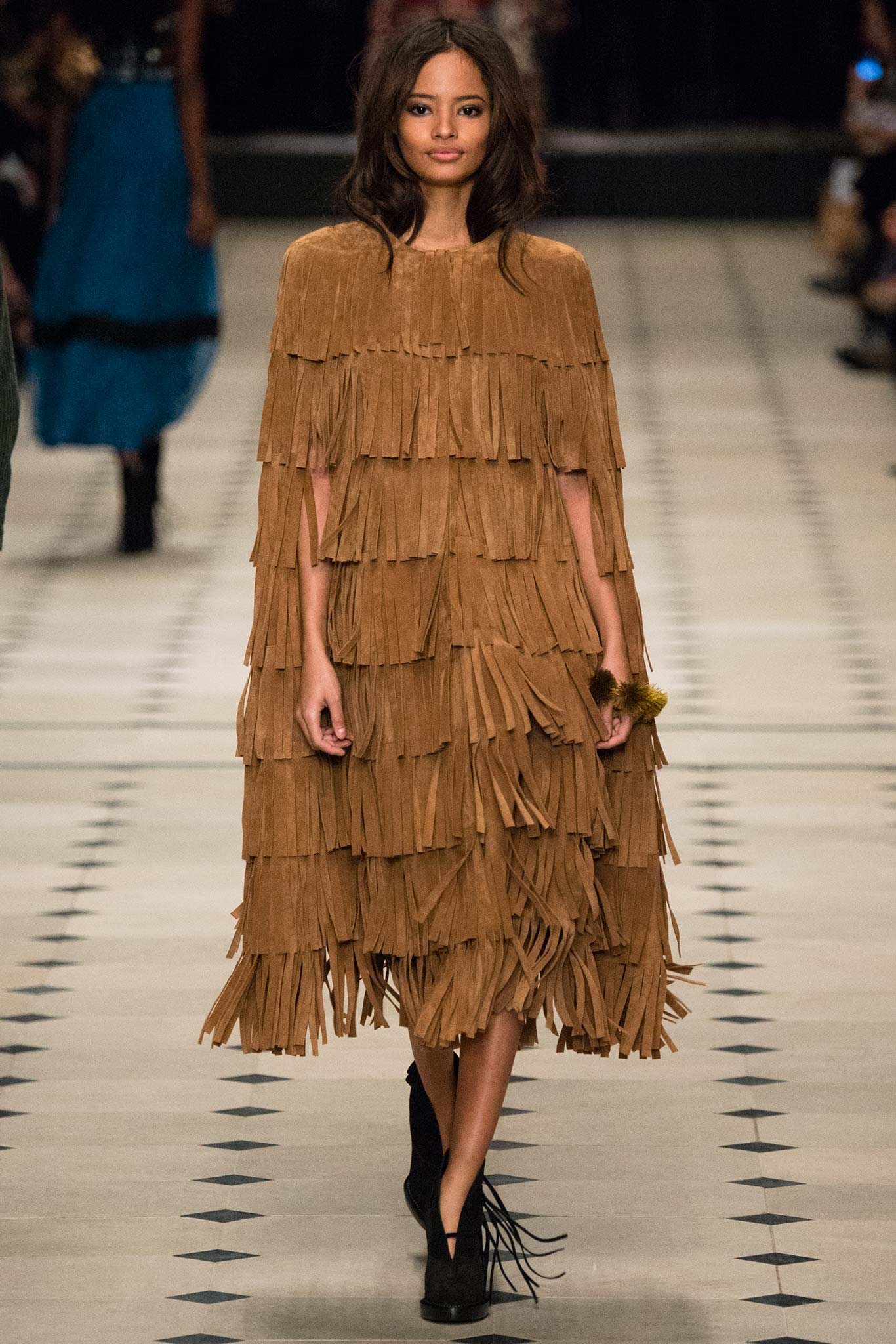 Fringe Trend At Fall-Winter 2015 Runway Shows