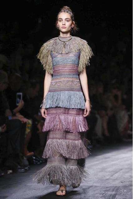 Valentino spring 2016. Image courtesy Fashion GPS Radar.